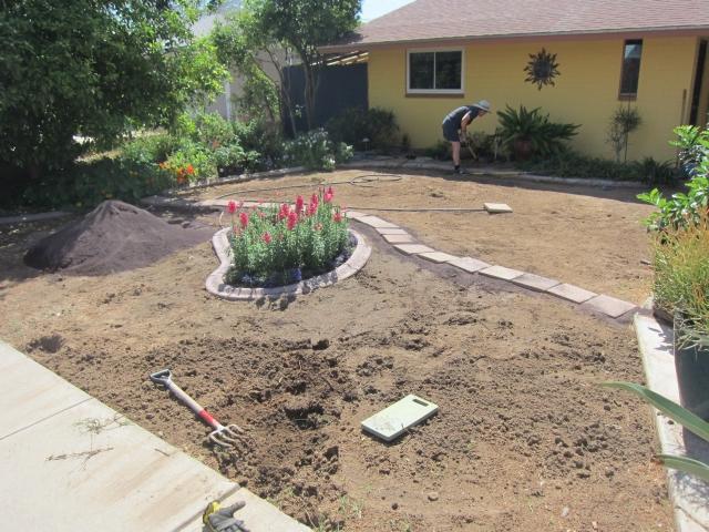 Garden Guru AZ Front Yard Border